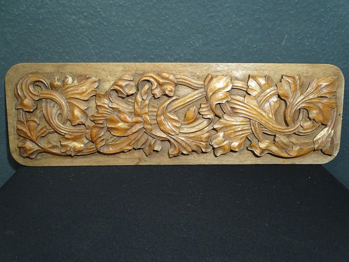 Sculpted wooden panel 'strolling leaves' (1) - Baroque - Early 20th century