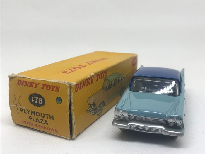 Dinky Toys - 1:43 - Plymouth Plaza N°178