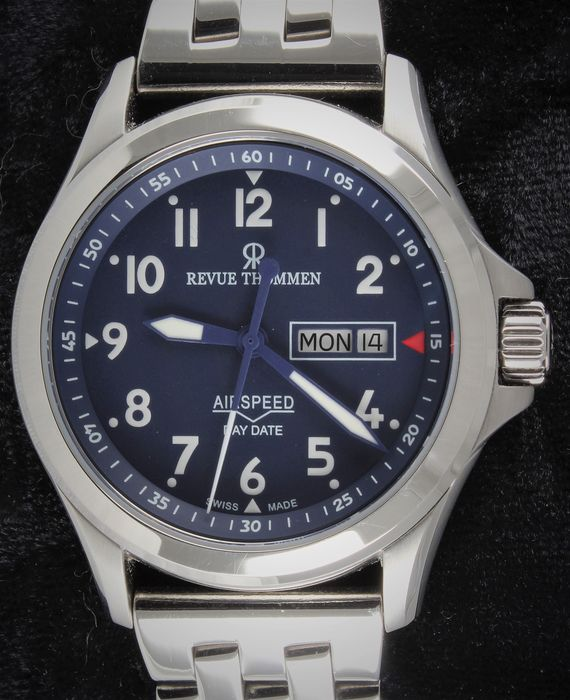 Revue Thommen - AIRSPEED Day-Date Automatic  - Ref. No: 16020.2/0296 - Perfect Condition - Full Set - Herren - 2011-heute