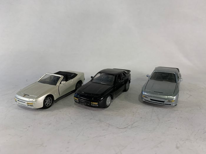 NZG Models - 1:43 - Porsche 944 - Made in the Federal Republic of Germany