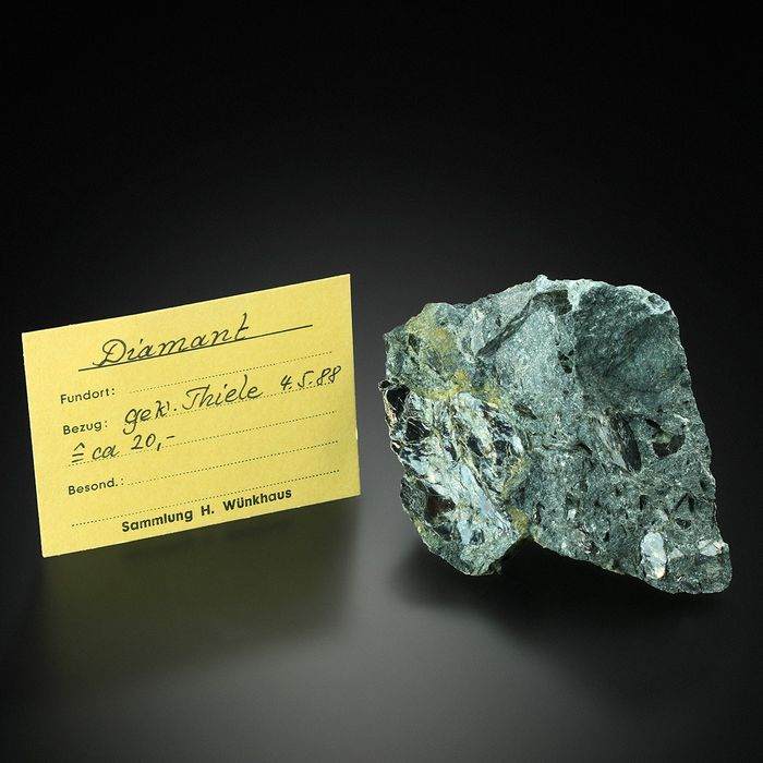 World Class!!! DIAMOND in KIMBERLITE with Analysis Specimen - 9.2×7.2×5.4 cm - 252.3 g