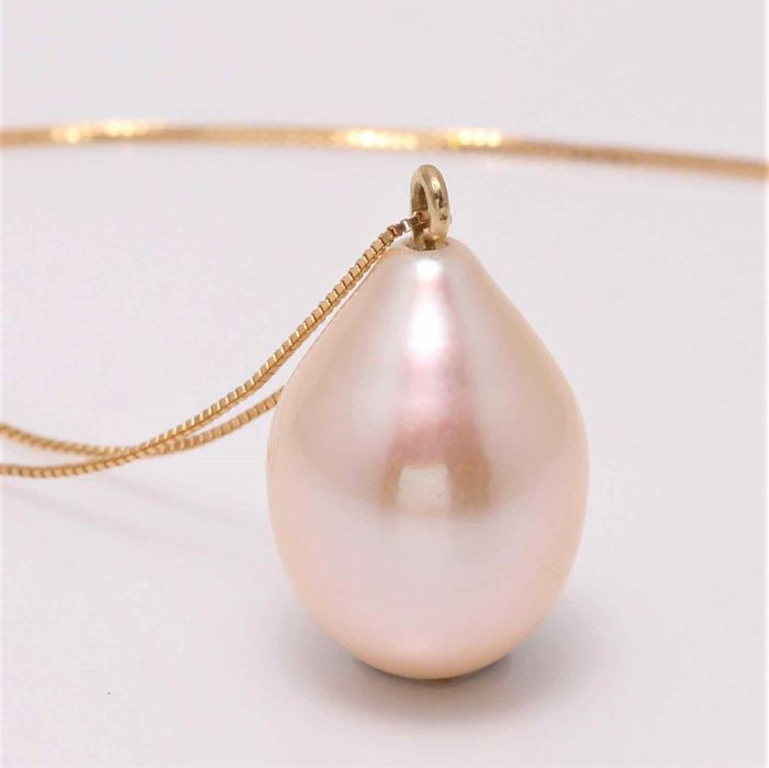 NO RESERVE PRICE - 18 kt. Yellow Gold - 11.3mm Special Cultured Pearl Drop - Necklace with pendant