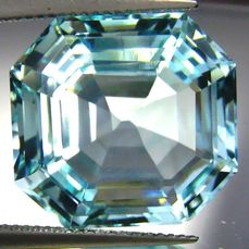 Greenish Blue Paraiba Tourmaline - 23.29 ct