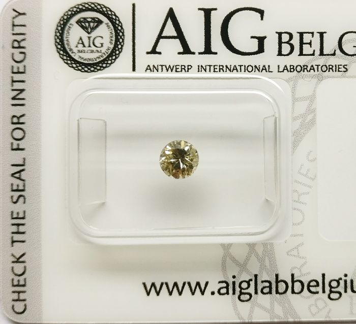 1 pcs Diamant - 0.35 ct - Rond - fancy yellow brown - I1