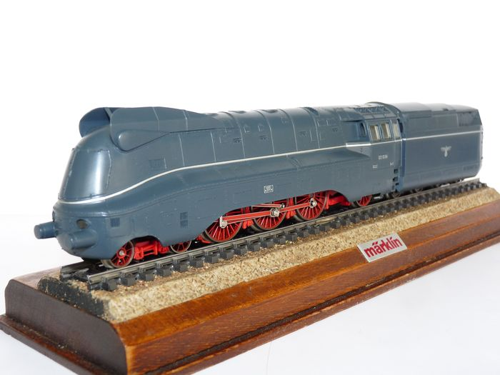 Märklin H0 - 3391 - Steam locomotive with tender - Streamline BR 03.10 - DRG