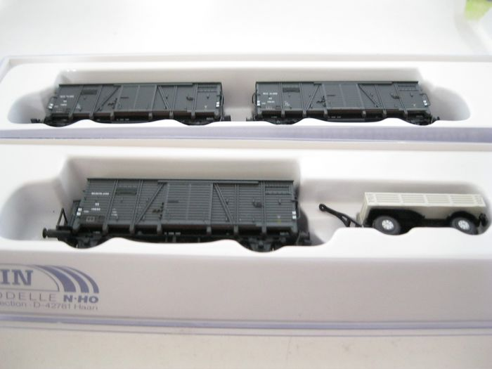 Hobbytrain N - H24503 - Freight wagon set - 3x Oppeln / GMS with station cart - NS