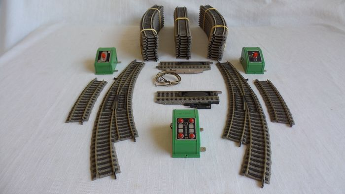 Fleischmann H0 - 6120/6101/6141/6142/6122 - Tracks - switches, switches, electrical decoupler