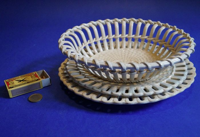 Wedgewood - creamware basket with two bowls - Porcelain