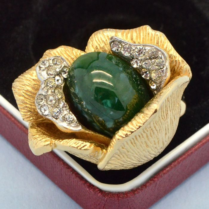 Coro Vendome Vintage Large Faux Jade Crystal Gold Plated Flower - Ring