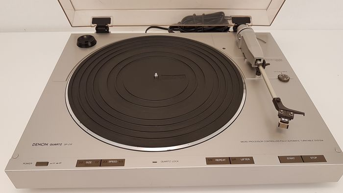 Denon - DP-21F - Turntable