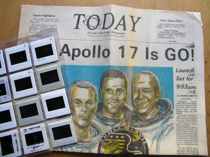 Apollo-17 is Go! Twaalf dia's en krant Today - Kodak film en papier