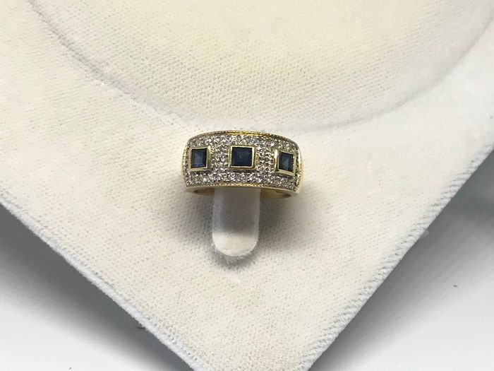 18 kt. Yellow gold - Ring - 0.65 ct Diamond - Sapphire