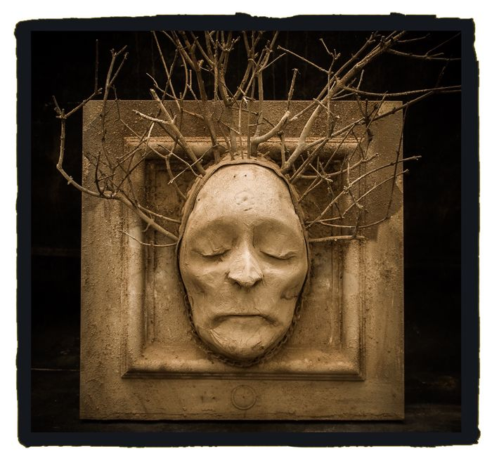 Wood Witch Death Mask - - Roger Labat's Cabinet of Curiosities - 60×40×20 cm