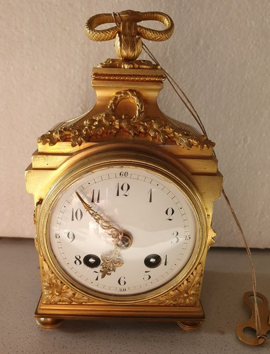 French officer's travel clock - Fire-gilt bronze - 19th century