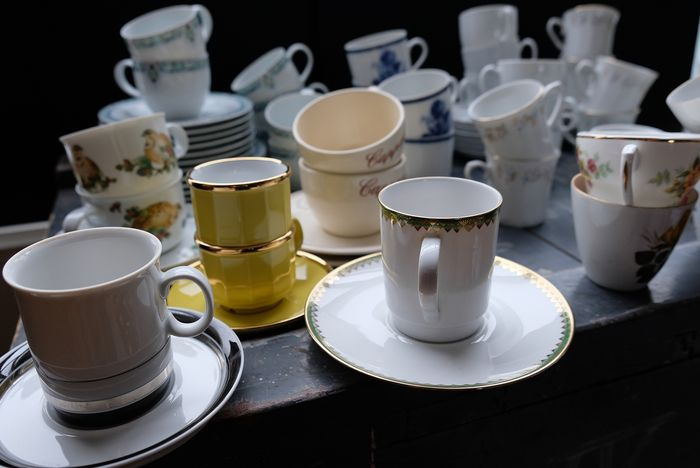 Coffee and tea cups (50) - Ceramic, Porcelain