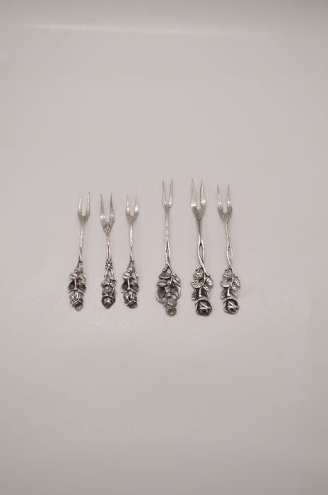 fruit forks (6) - .800 silver