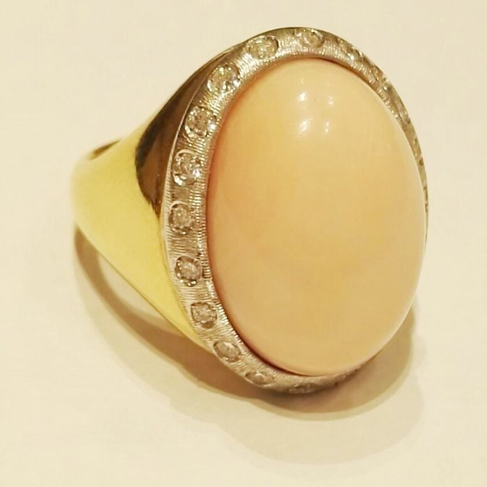 18 kt. Gold - Ring - 0.40 ct Diamond - pink coral