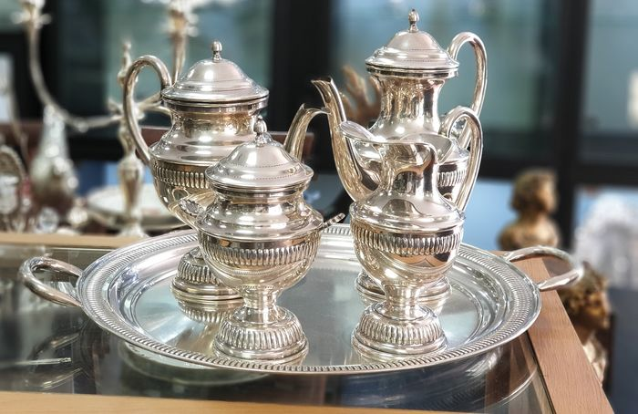 A TEA AND COFFEE SET WITH TRAY - .925 silver - Portugal - Late 20th century