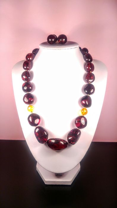 Cherry- Ruby colour Baltic Amber - Earrings, Necklace - Natural (untreated)