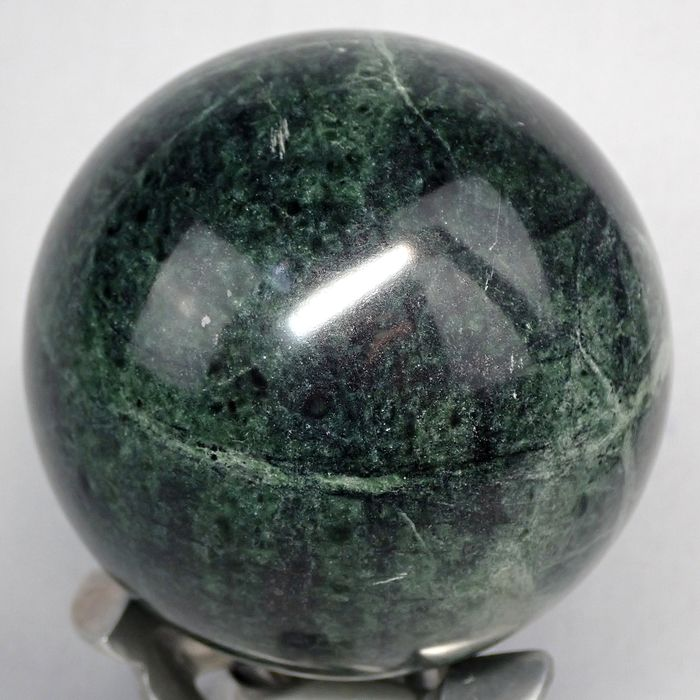 Beautiful Nephrite Esfera - 86.26×86.26×86.26 mm - 912.5 g