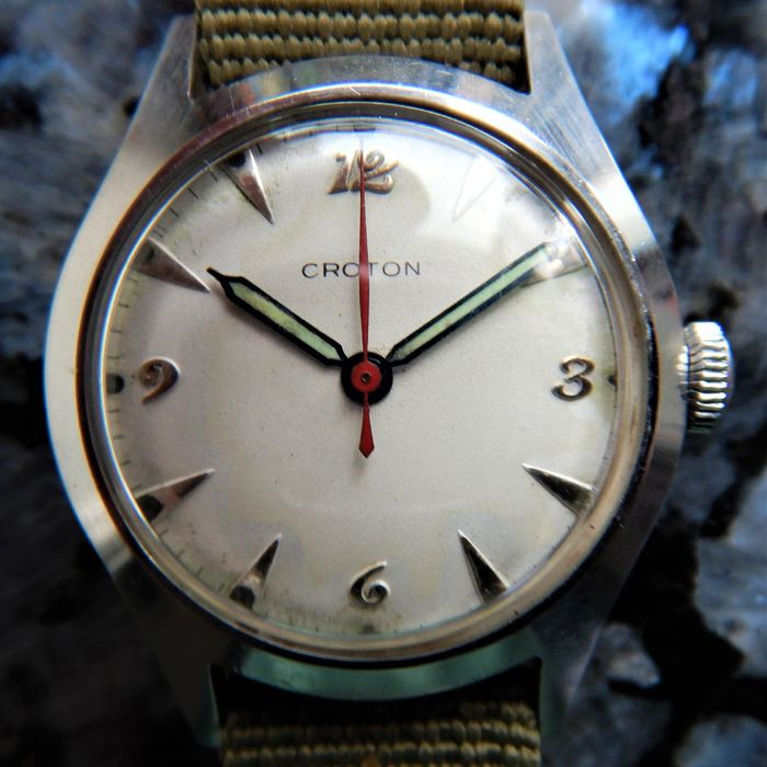 C R O T O N (Nivada SA/Wüllimann, Schneider & Cie./Regalis Watch Co., Grenchen, SUISSE - A Q U A M A T I C (PROBABLY AAFES/FACTORY PROTOTYPE)  - AQS 12.4056 - Men - CIRCA 1950 THE KOREAN OR 'FORGOTTEN WAR'