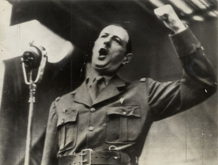 Unknown/Associated Press - Charles De Gaulle Delivers Impassioned Speech, Armistice Day, Algeria, 1943