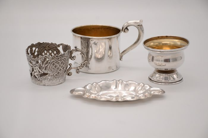 Salt cellar, ashtray, cup holders (4) - .800 silver