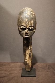 Head - Wood - Provenance Robert van der Heijden - Lobi - Burkina Faso