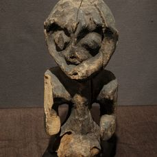 Shrine figure - Wood - Provenance Donald Taitt - Mambila - Nigeria