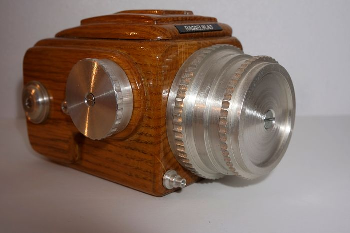 Hasselblad 1600 F Replica Prototype