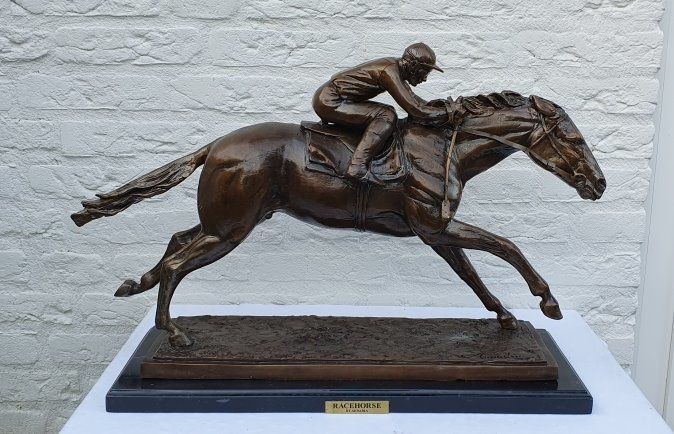 Arnadia - Statue(s), racing horse with jockey - Bronze