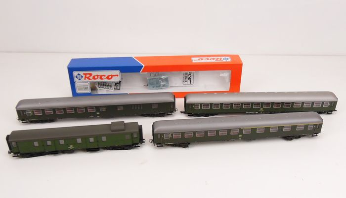 Roco H0 - 44556/44742/44743/44752 - Passenger carriage - exactly 1:87 - 4 different ones - DB