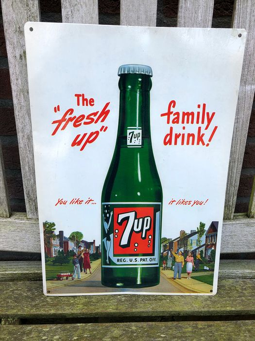 7 UP. The fresh up  family drink - Advertising board (1) - Pewter/Tin