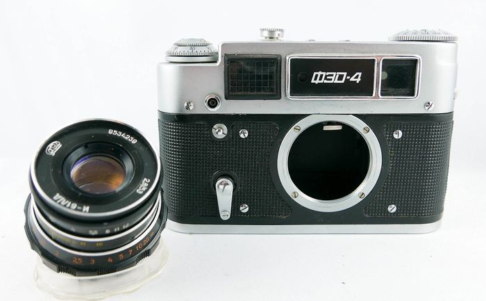 FED 4 with Industar 61(53mm F2.8)  fully operational