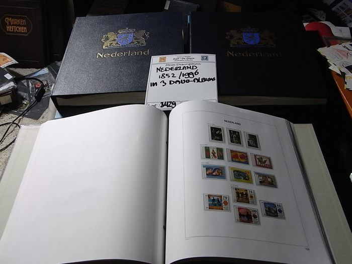 Netherlands 1864/1996 - Collection in three DAVO albums with slipcases, partly collected in duplicate