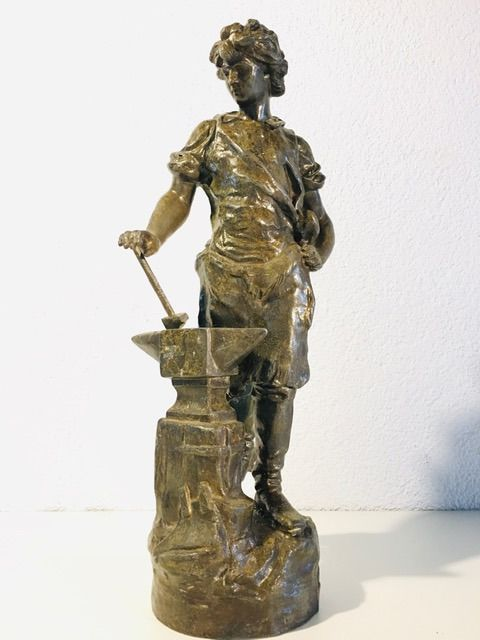 Statue of blacksmith - Regule - about 1900