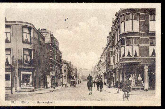 Netherlands - The Hague / Scheveningen - old and very old cityscapes - With booklet - Postcards (Collection of 107) - 1900-1950