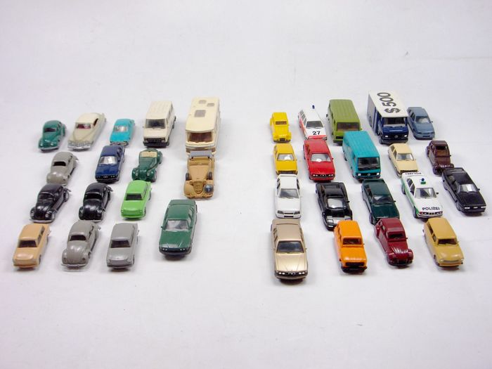 Herpa, Wiking, Praline H0 - Scenery - Large lot of cars for the model railway