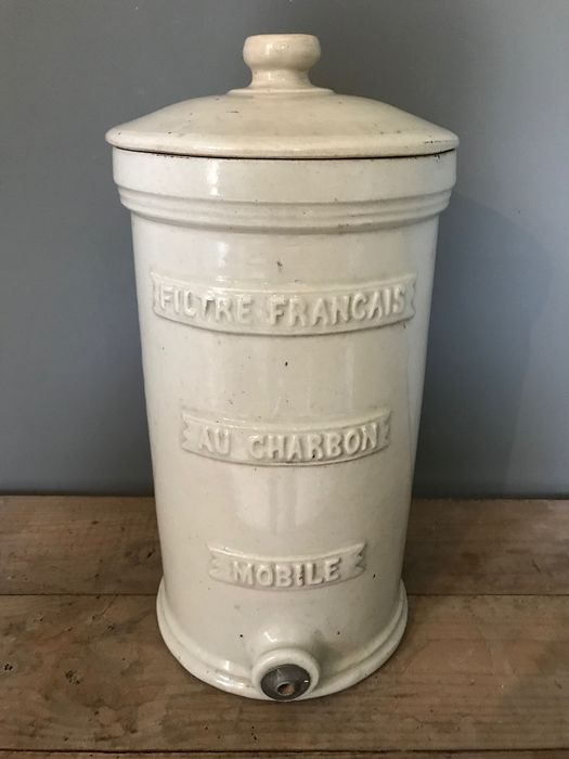 Authentic French Water Pure Pot - Earthenware