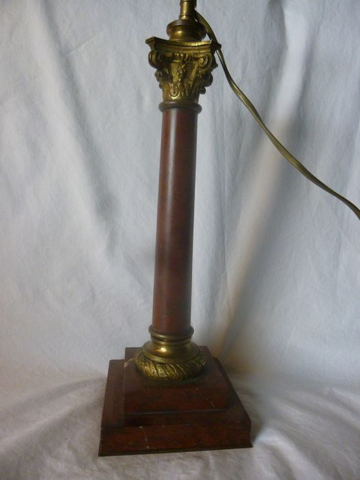 Column lamp with red marble and cherry top - Neoclassical Style - Bronze, Marble