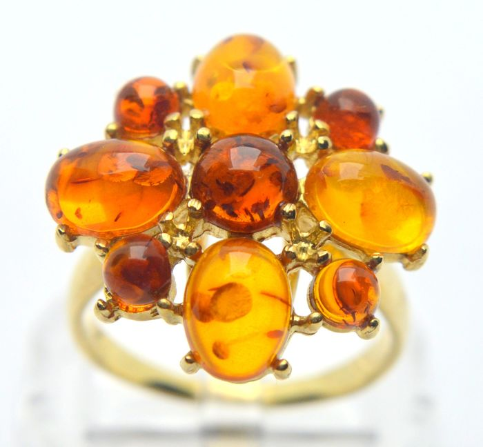 9 kt. Yellow gold - Ring - 5.00 ct Amber - No indication of treatments