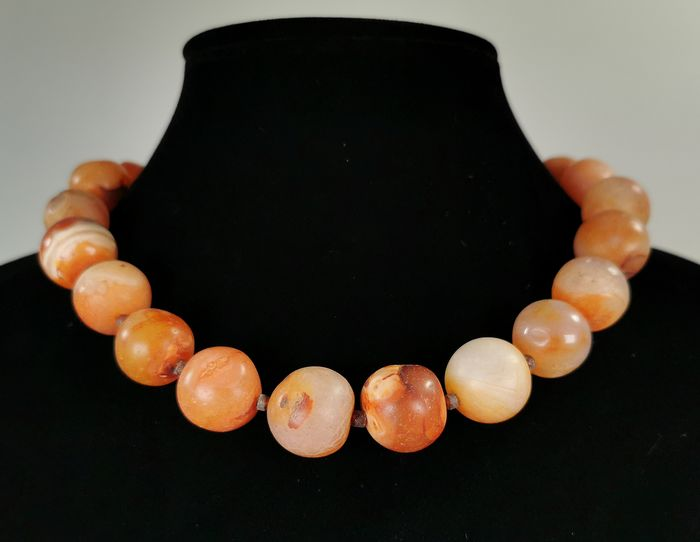 Bactrian Agate  Beads Wearable Necklace