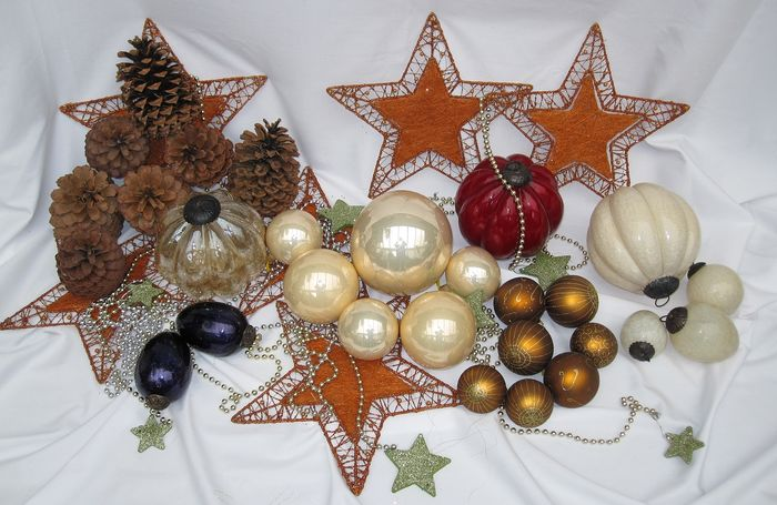 Christmas decoration material - Glass with metal for fireplace and / or window and / or tree decoration