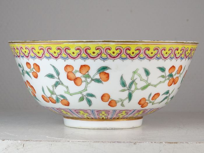 An excellent peaches bowl - Mark and period - Porcelain - China - Guangxu (1875-1908)