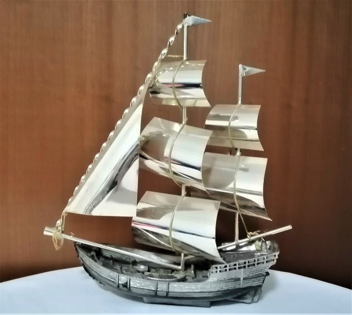 Ship model, of Galeone - Alloy