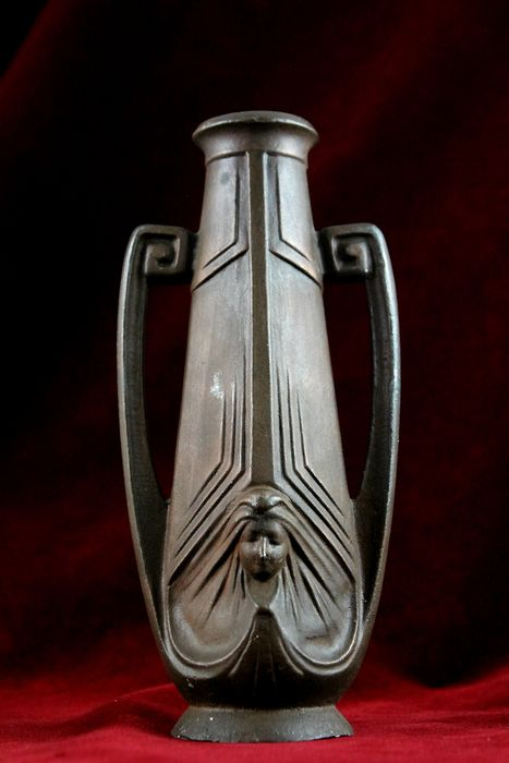 Art Nouveau Vase With Decorated Faces / Mascarons- 1906-1919