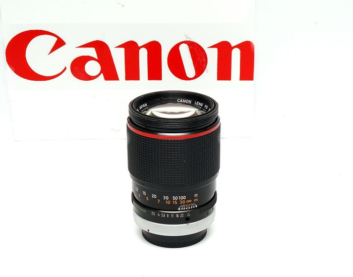 Canon lens FD 135mm f2,5 SC (camera not included)