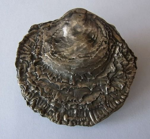 Peter J. Bruining - 835 silver - silver table piece, oyster shell