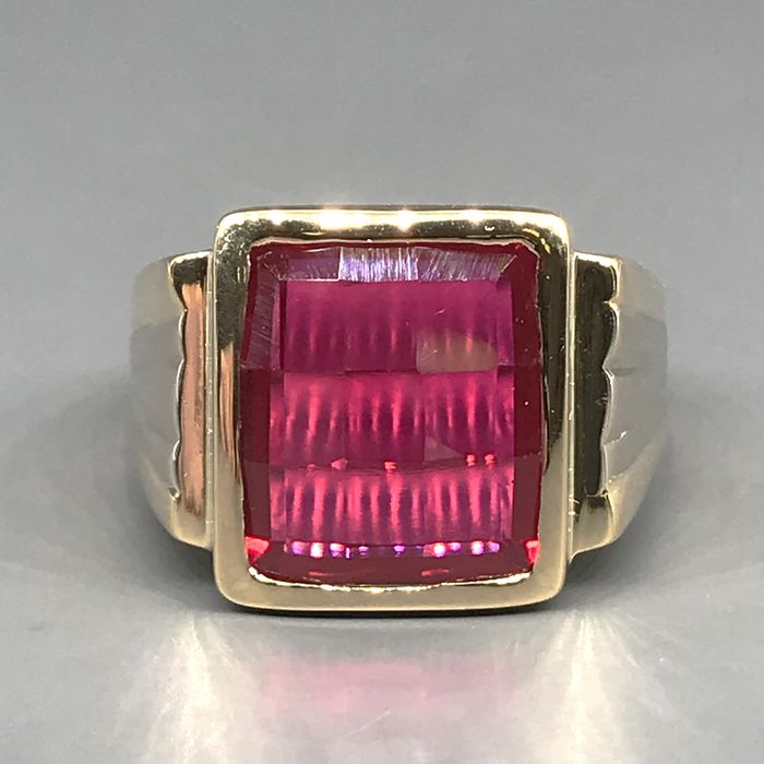 18 kt. Yellow gold, Synthetic ruby - Ring