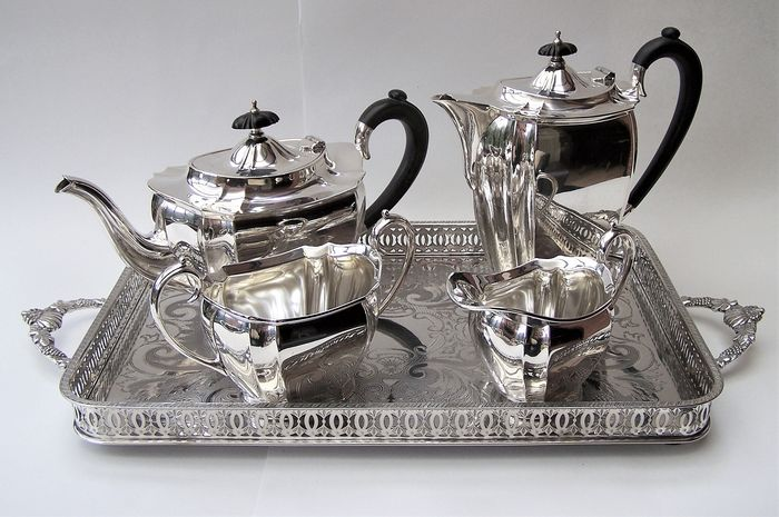 William Suckling of Birmingham - William Suckling English Silver Plated Tea Set & Tray (5) - Silverplate